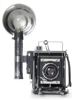 retro-flash-camera-front-view-3753227